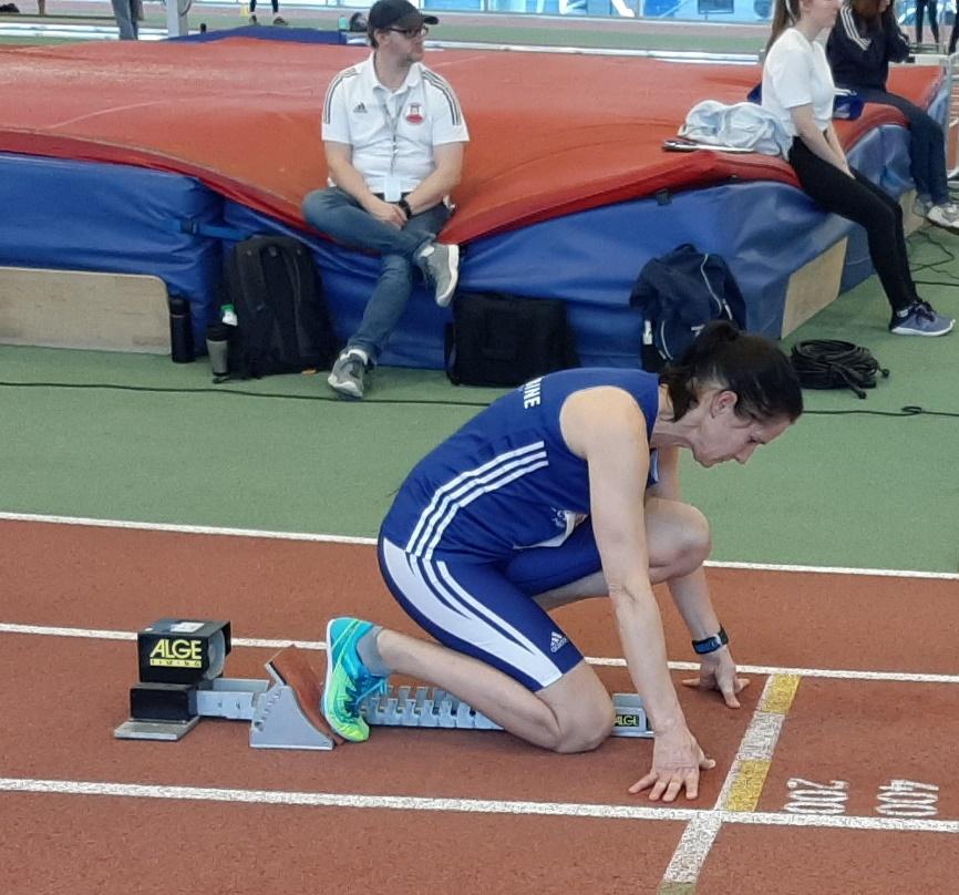 Agnes beim Start zum erfolgreichen 200m – Lauf