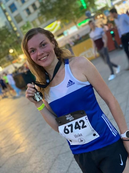Stolz auf die Medaille und die neue Bestleistung: Ulrike Jantschik